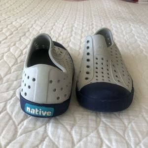 Native kids Shoes never used
